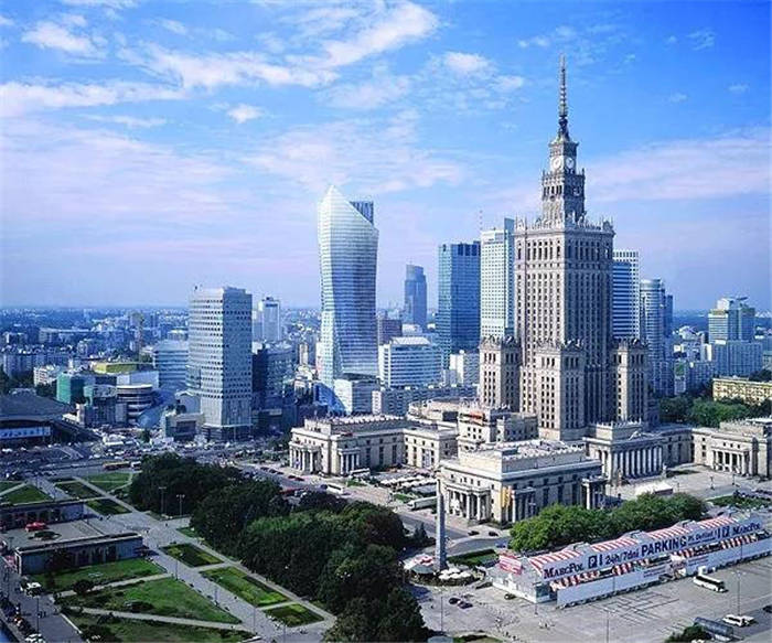 波兰的留学生费用需要多少钱