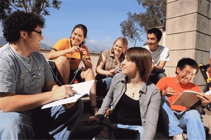 麦考瑞大学翻译专业留学申请要求